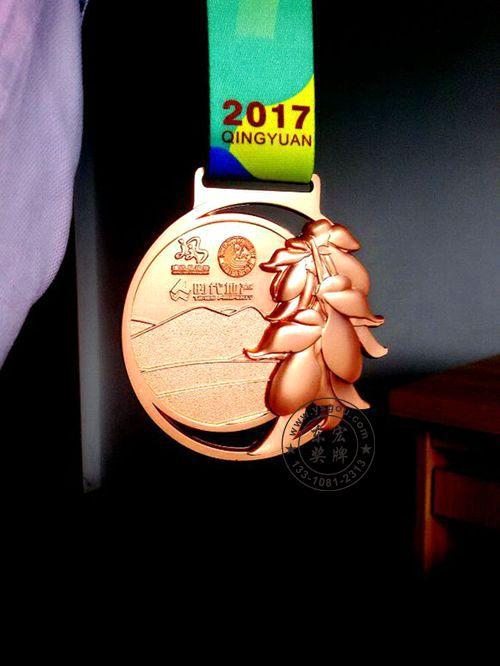 2017上半年最美马拉松奖牌,快来看看吧!图片