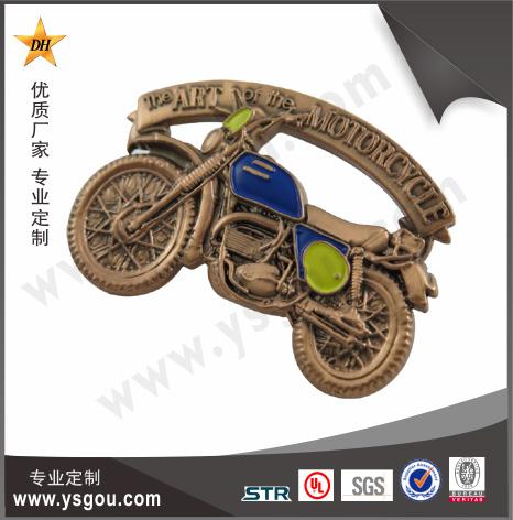 铜质烤漆徽章定制