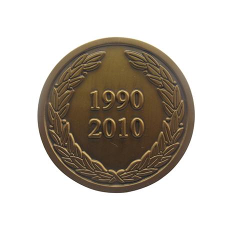 铜质不上色镀古金纪念章
