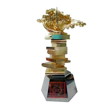 锌合金镀金奖杯定制,奖杯制作厂家