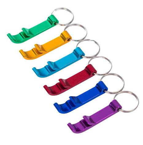 现有款创意钥匙扣,带开瓶器功能钥匙扣批发!地摊热销商品!